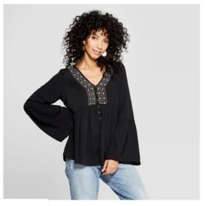 NWT Long Sleeve Embroidered V-Neck Blouse